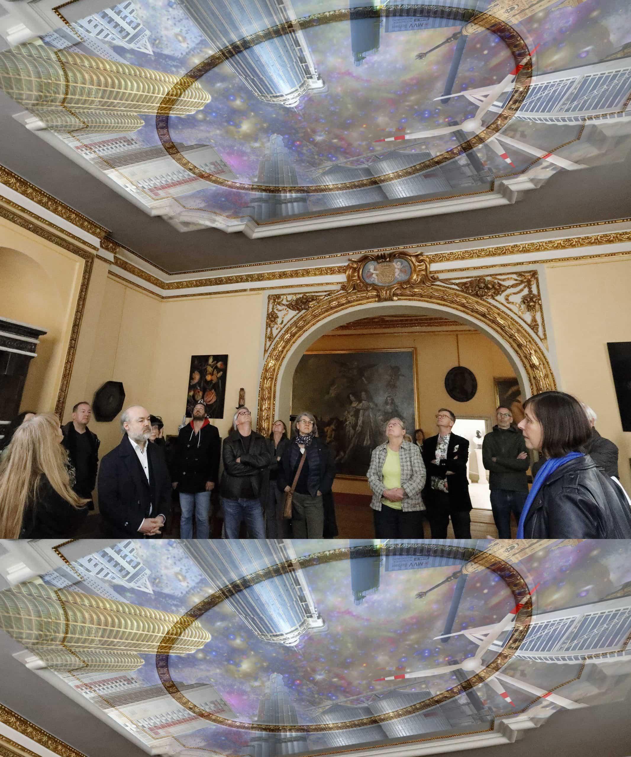 After Tiepolo, Video von Myriam Thyes (2013), Deckenprojektion in der Ausstellung B.A.R.O.C.K., Schloss Caputh (Brandenburg), 2019