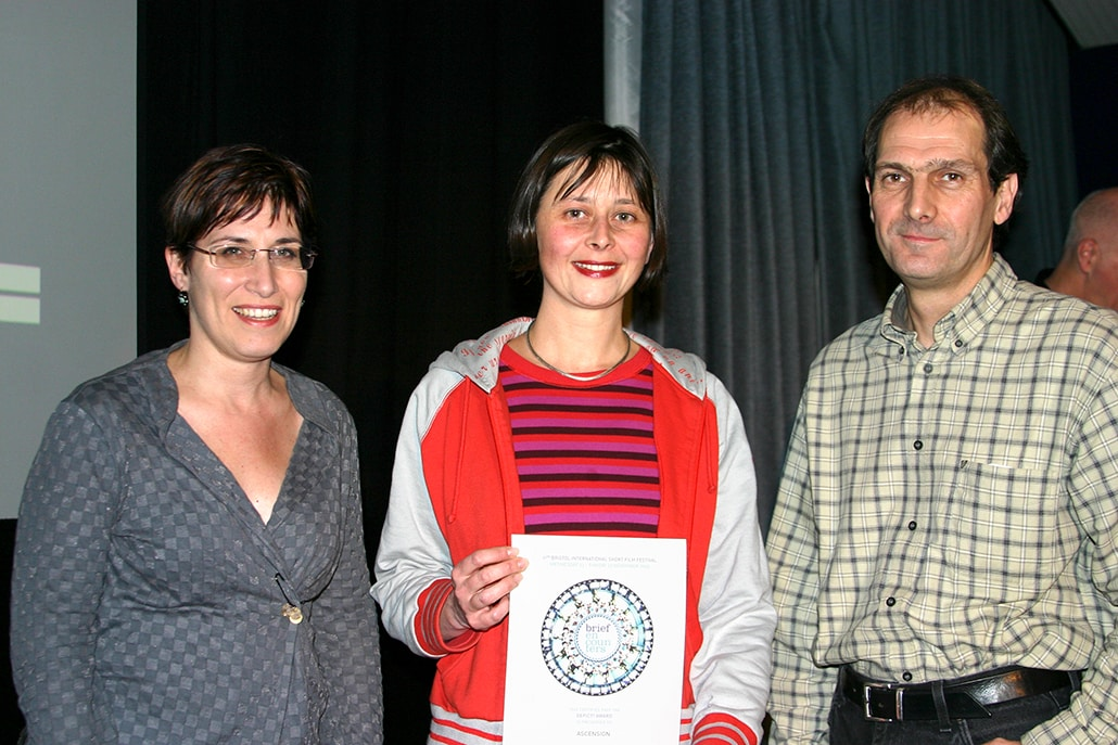 Myriam Thyes, Preisverleihung 'Depict! Award', Encounters Festival, Bristol, UK, 2005.